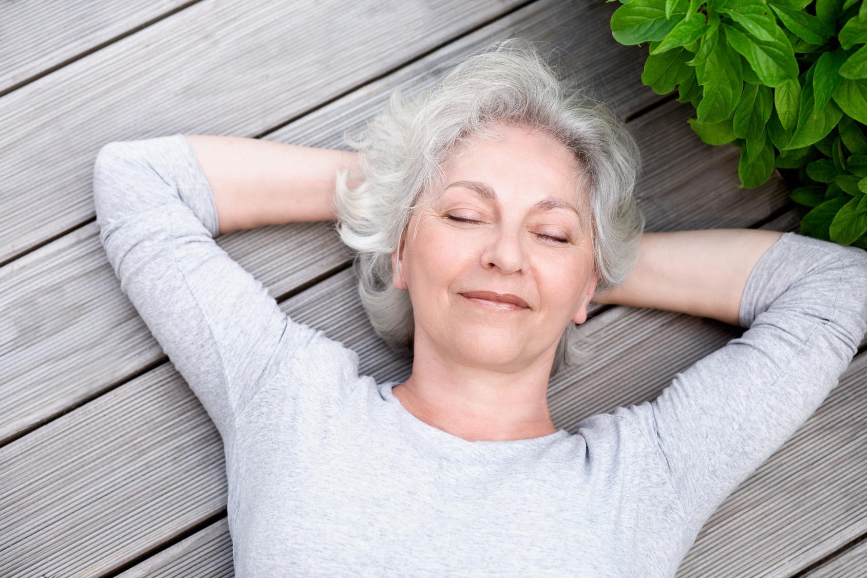 Pielęgnacja skóry po 60 roku życia. Jaki krem wybrać?