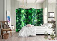 Parawan urban jungle zielone liście Monstera Deliciosa w jasnym wnętrzu sypialni