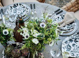 porcelana Ralph Lauren Home x Burleigh na stole