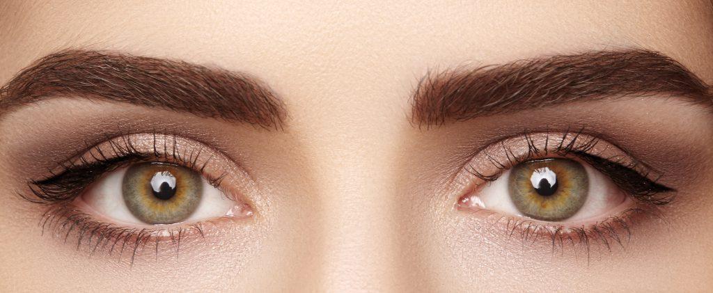 makijaż brązowych oczu
